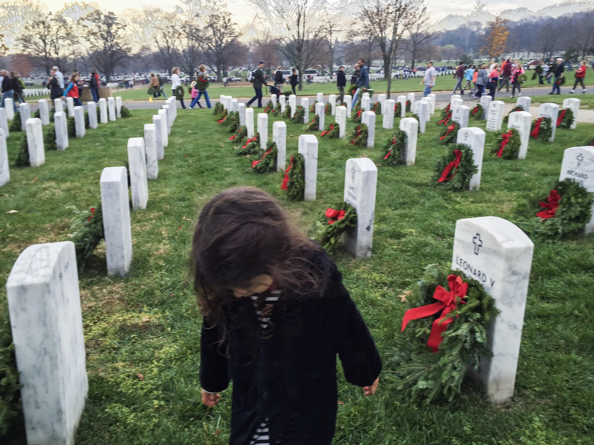 arlington cemetery wreath laying with kids