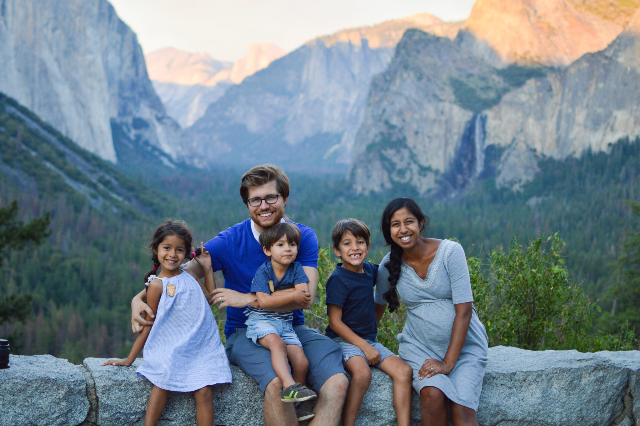 Yosemite tunnel view with kids