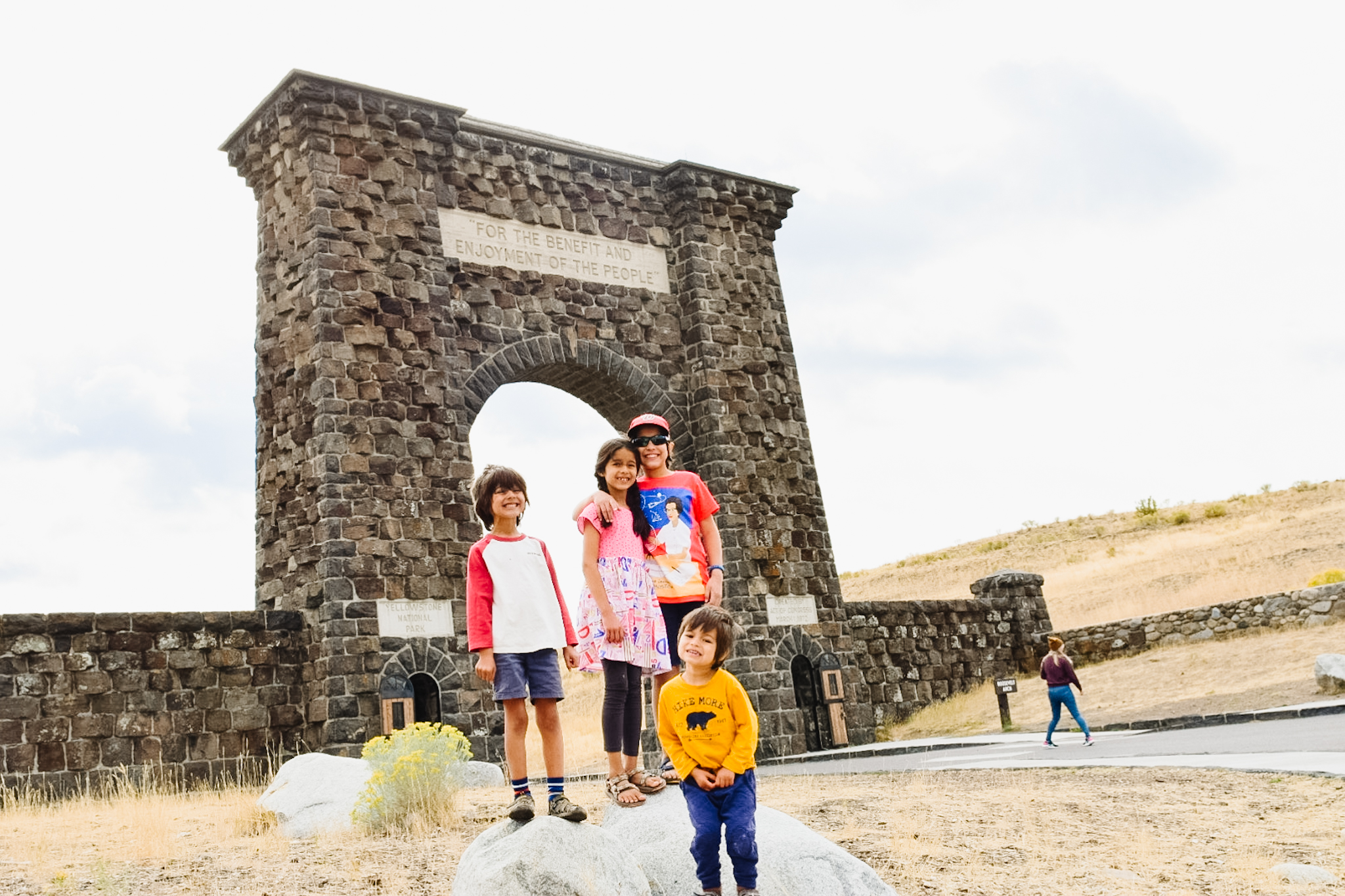 roosevelt arch yellowstone with kids